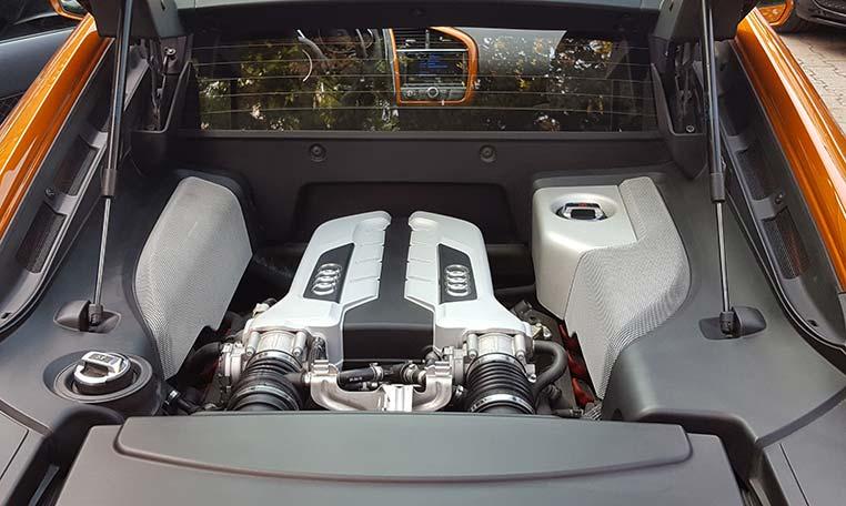 Audi R8 Motor