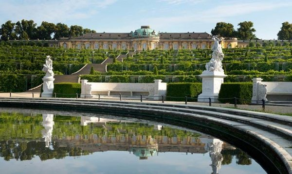 drivei n motion Berlin Schloss Sanssouci