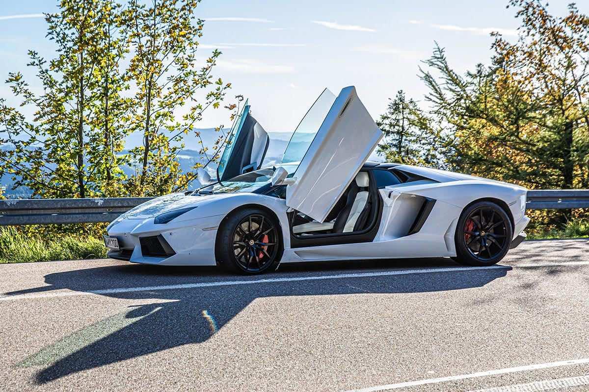 Lamborghini Aventador auf der Schwarzwaldhochstraße