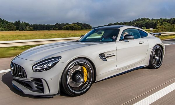 drive in motion Mercedes-AMG V8 Turbo