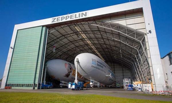 drive in motion Zeppelin NT im Hangar am Bodensee