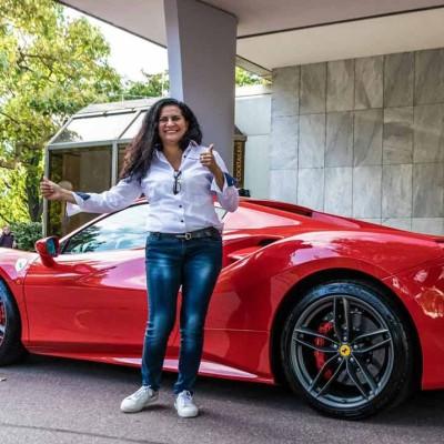 Super sports car drive yourself