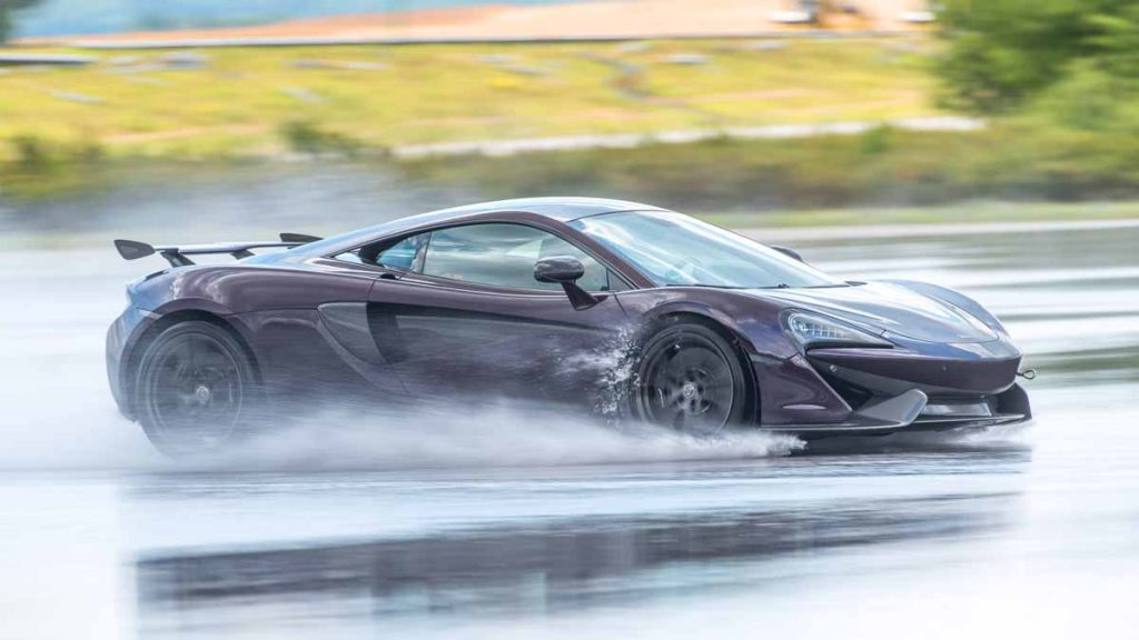 drive in motion McLaren beim Drifttraining am Boxberg