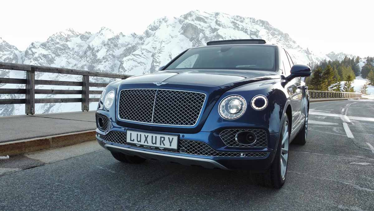 drive in motion Bentley Bentayga V8 Mietwagen