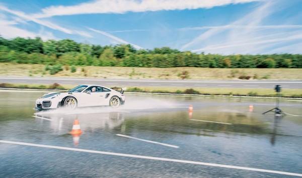 drive in motion Sportwagen Fahrertraining
