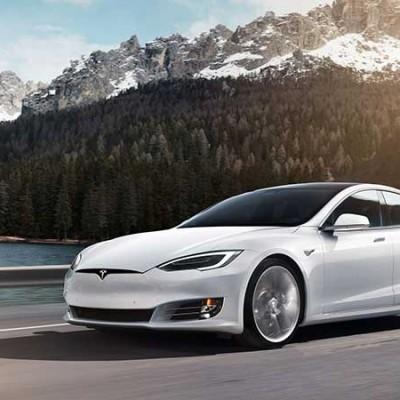 Tesla / Porsche Taycan München e-drive Experience
