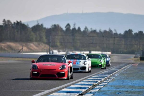 drive in motion Hockenheimring Porsche auf Gerade